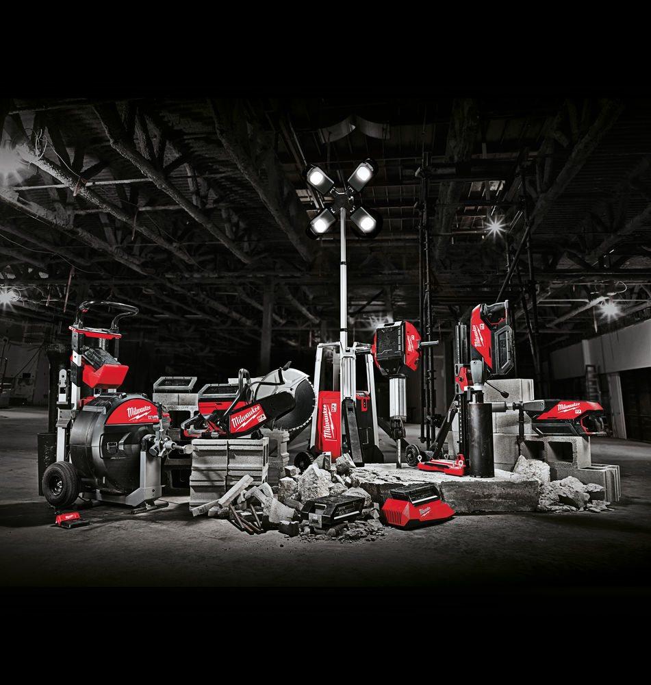 MILWAUKEE® lansează noua gamă de produse MX FUEL™ – reducerea emisiilor, zgomotului și a vibrațiilor