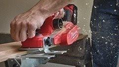 De nieuwe M18™ Schaafmachine levert ongeëvenaarde diepte controle.