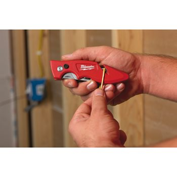 Fastback flip utility knife