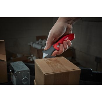 Fastback Compact Flip Utility Knife